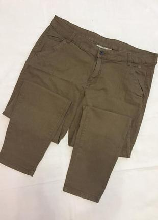 Стильные котоновые штаны р.40l clockhous