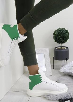 Новые белые зимние кроссовки размер 36,37,38