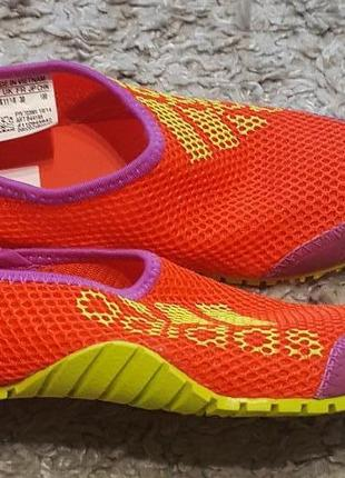 Оригинал.фирменные,спортивные кроссовки-тапочки-мокасины adidas