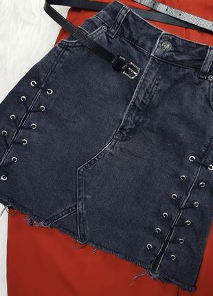Джинсовая юбка с высокой талией и шнуровкой