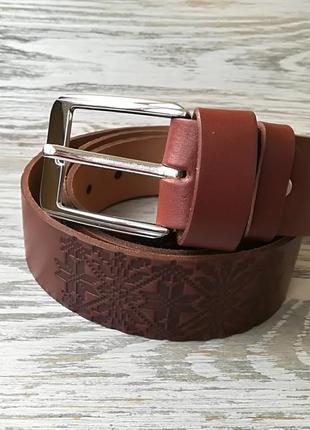 Кожаный ремень светло-коричневая вышиванка полосами