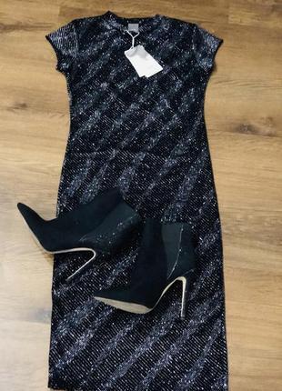Элегантное черное брендовое платье