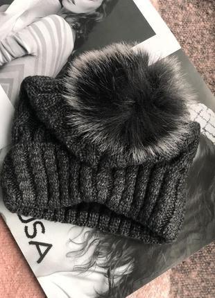 Графитовая шапка на флисовой подкладке теплая с помпоном3 фото