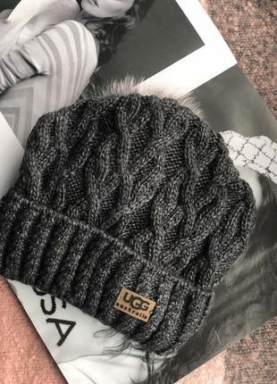 Графитовая шапка на флисовой подкладке теплая с помпоном1 фото
