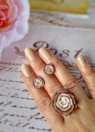 Набор кольцо и серьги гвоздики розы цвет капучино