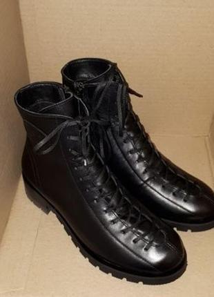 Ботинки на шнуровке демисезон