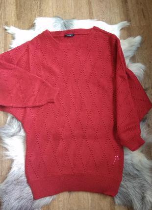 Яркий свитер платье летучая мышь винного  цвета