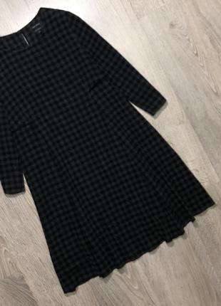 Шерстяное платье трапеция в клеточку на подкладке