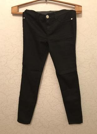 Фирменные,черные джинсы