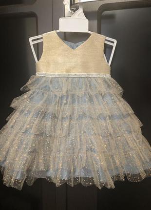 """Очень шикарное нарядное платье для девочки. бренд """"monsoon """" р.0-3 месяца"""