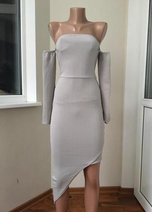Красивое платье бюстье с рукавами