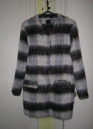 Стильное шерстяное пальто бойфренд