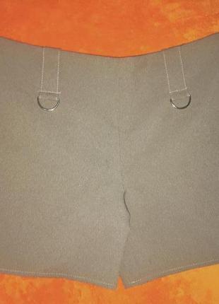 Стильные шорты шикарного темно-бежевого оттенка2 фото