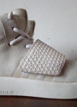 Кроссовки adidas tubular