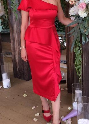 Вечернее яркое красно -алое платье от андре тан