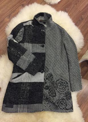 Нереальное пальто в клетку с шерстью