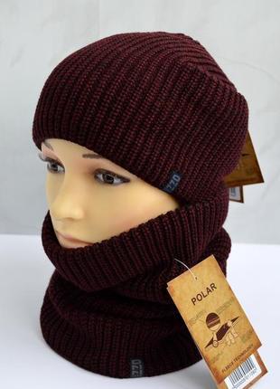 Бордовый вязаный комплект бафф и шапка на флисе зимний теплый