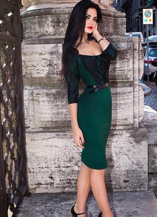 Трикотажное изумрудное платье lusien