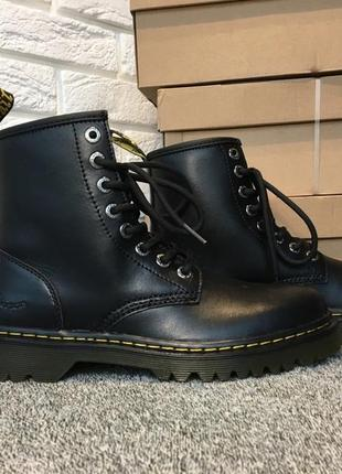 Dr.martens awley 1460  timberland red wing cat
