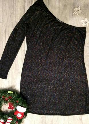 Эффектное короткое платье на одно плечо длинный рукав люрекс блестки