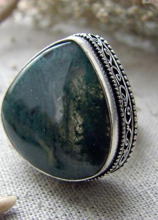 Кольцо перстень с окаменелостью натуральным камнем моховой агат посеребрение. цвет серебро