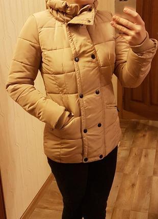 Очень красивая стильная куртка пуховик