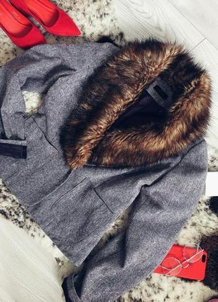 Укороченное пальто пиджак, жакет с кармашками, в идеальном состоянии 💕
