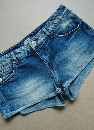 Джинсовые шорты pull&bear короткие, низкая посадка