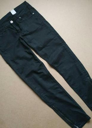 Чёрные базовые штаны, джинсы скинни