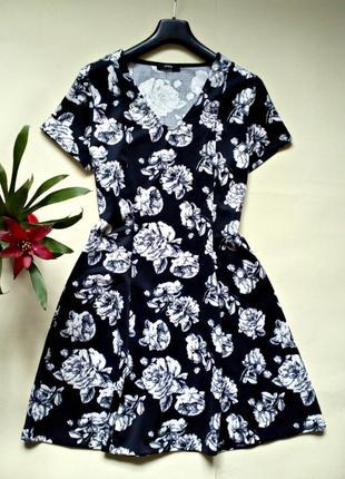 Красивое базовое платье 14