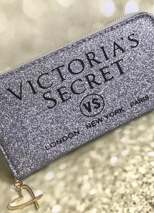 Кошелек на молнии victoria's secret
