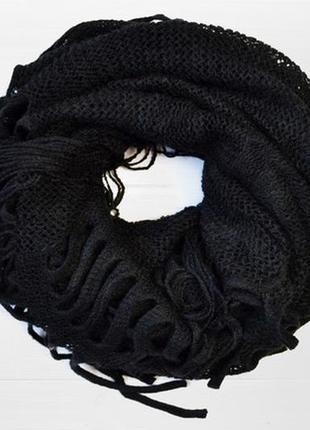 Черный ажурный шарф