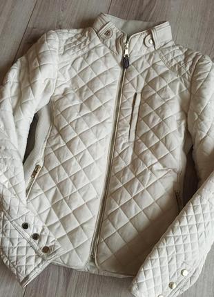 Бежевая куртка zara premium молочного цвета1