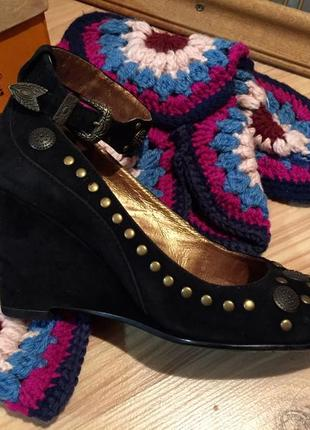Бохо стиль: замшеві туфлі на танкетці / туфли в бохо стиле на танкетке