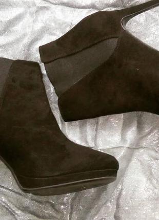 Ботинки замша каблук