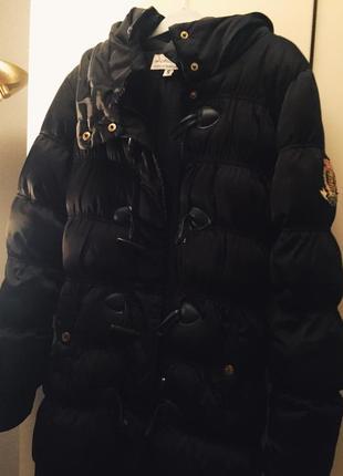 Зимняя куртка  пуховик дорогого бренда