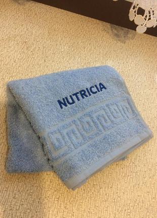 Брендированное махровое полотенце