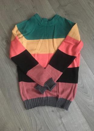 Шерстяной свитер ручной вязки