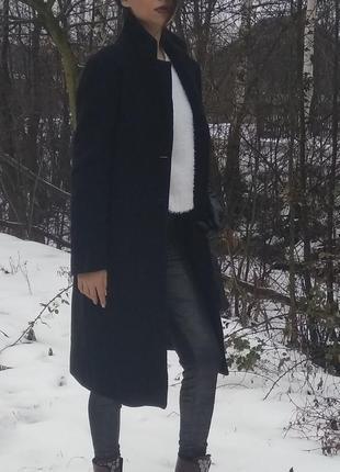Пальто черное zara раскошное