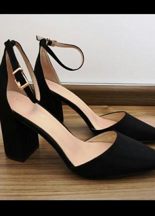 Шикарные туфли босоножки натуральный замш