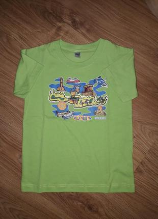 Классненькая футболочка на 7-8 лет