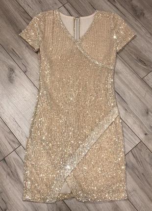 Шикарное эффектное платье