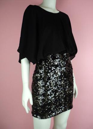 Платье вечернее пайетками блестящее черное завышенной золотистое праздничное новогоднее
