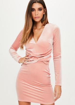 Такое нежное и совершенное бархатное платье