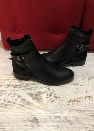 Новые фирменные ботинки 36р./23 см