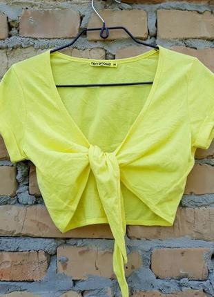 Болеро жёлтого цвета от итальянского дома модной одежды