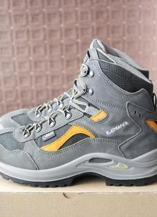 Lowa gore-tex р.40-26см трекинговые ботинки.