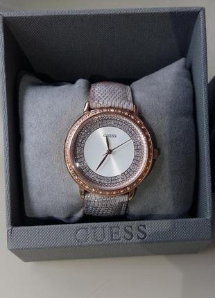 Часы guess co swarovski