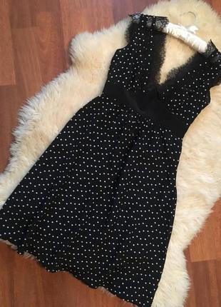 Шикарное коктельное платье с кружевом