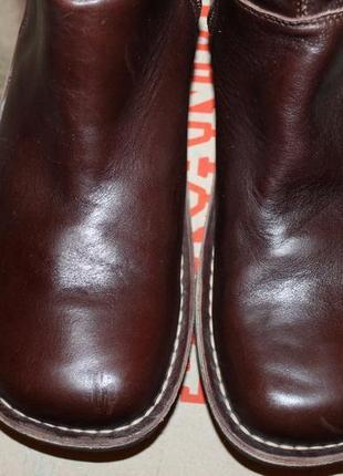 Шикарные кожаные сапоги kickers 42р